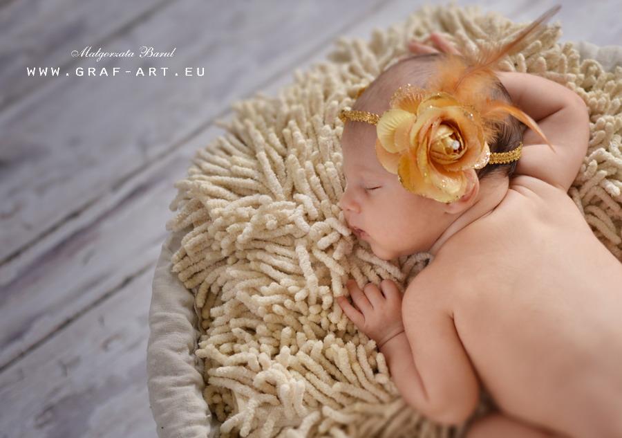 Lenka   sesja niemowlęca sesja noworodkowa opoczno sesja niemowlęca opoczno kamerzysta opoczno Graf Art Opoczno fotografie maluszków fotografia ślubna Piotrków fotografia ślubna Opoczno fotograf opoczno Barul Opoczno fotografie do chrztu fotografia slubna opoczno chrzest opoczno