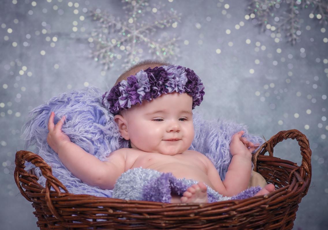 Helenka - sesja niemowlęca i świąteczna  graf-art.eu   fot Małgorzata Barul