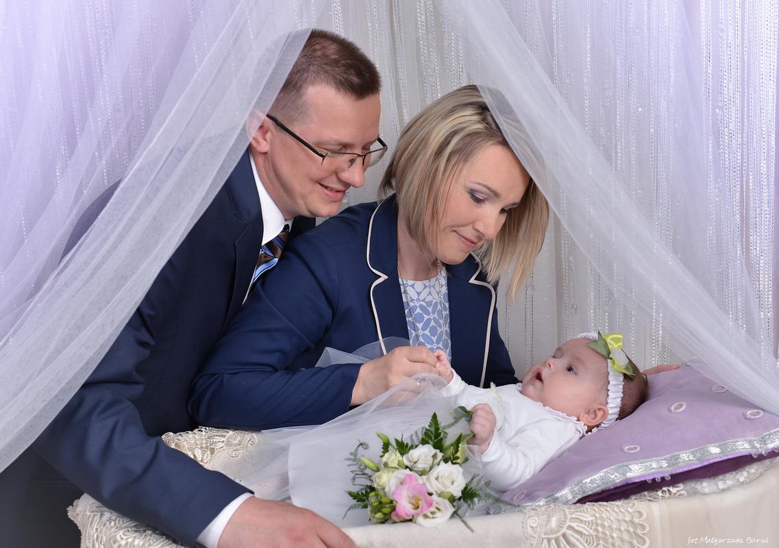 Nadia   Chrzest zdjęcia ze chrztu opoczno najpiękniejszy chrzest małe dzieci opoczno Chrzest Opoczno sesja na roczek sesja dziecieca opoczno fotografie do chrztu chrzest opoczno